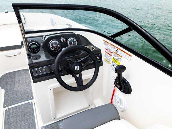 2020 Bayliner boat for sale, model of the boat is VR4 BOWRIDER & Image # 38 of 96