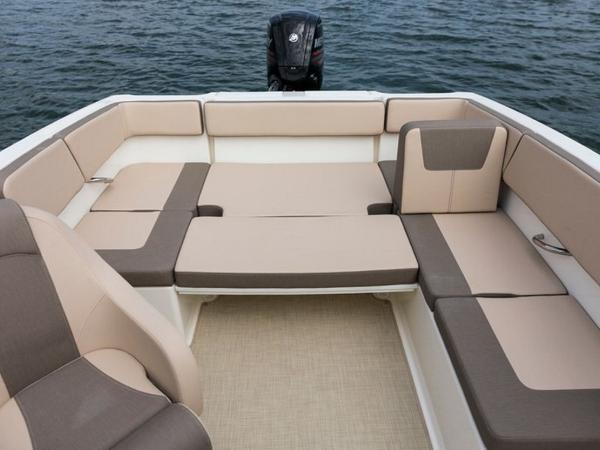 2020 Bayliner boat for sale, model of the boat is VR4 BOWRIDER & Image # 41 of 96