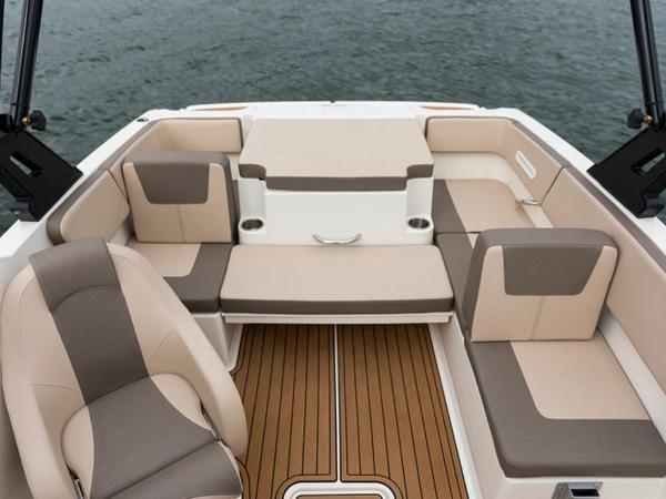 2020 Bayliner boat for sale, model of the boat is VR4 BOWRIDER & Image # 50 of 96