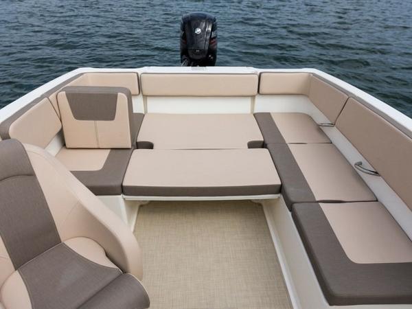 2020 Bayliner boat for sale, model of the boat is VR4 BOWRIDER & Image # 52 of 96