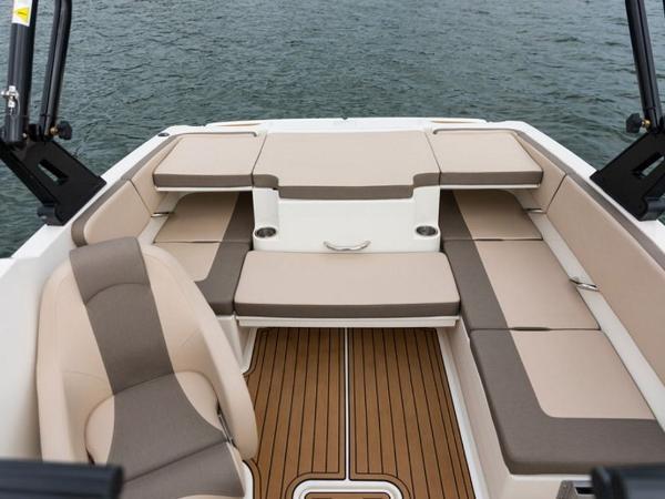2020 Bayliner boat for sale, model of the boat is VR4 BOWRIDER & Image # 65 of 96