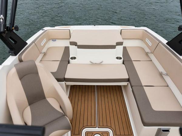 2020 Bayliner boat for sale, model of the boat is VR4 BOWRIDER & Image # 67 of 96