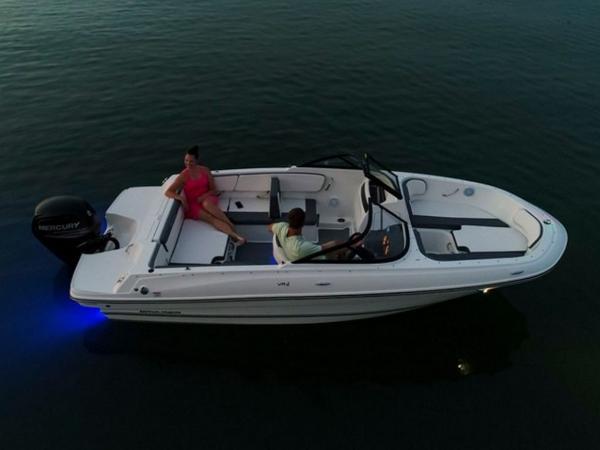 2020 Bayliner boat for sale, model of the boat is VR4 BOWRIDER & Image # 75 of 96