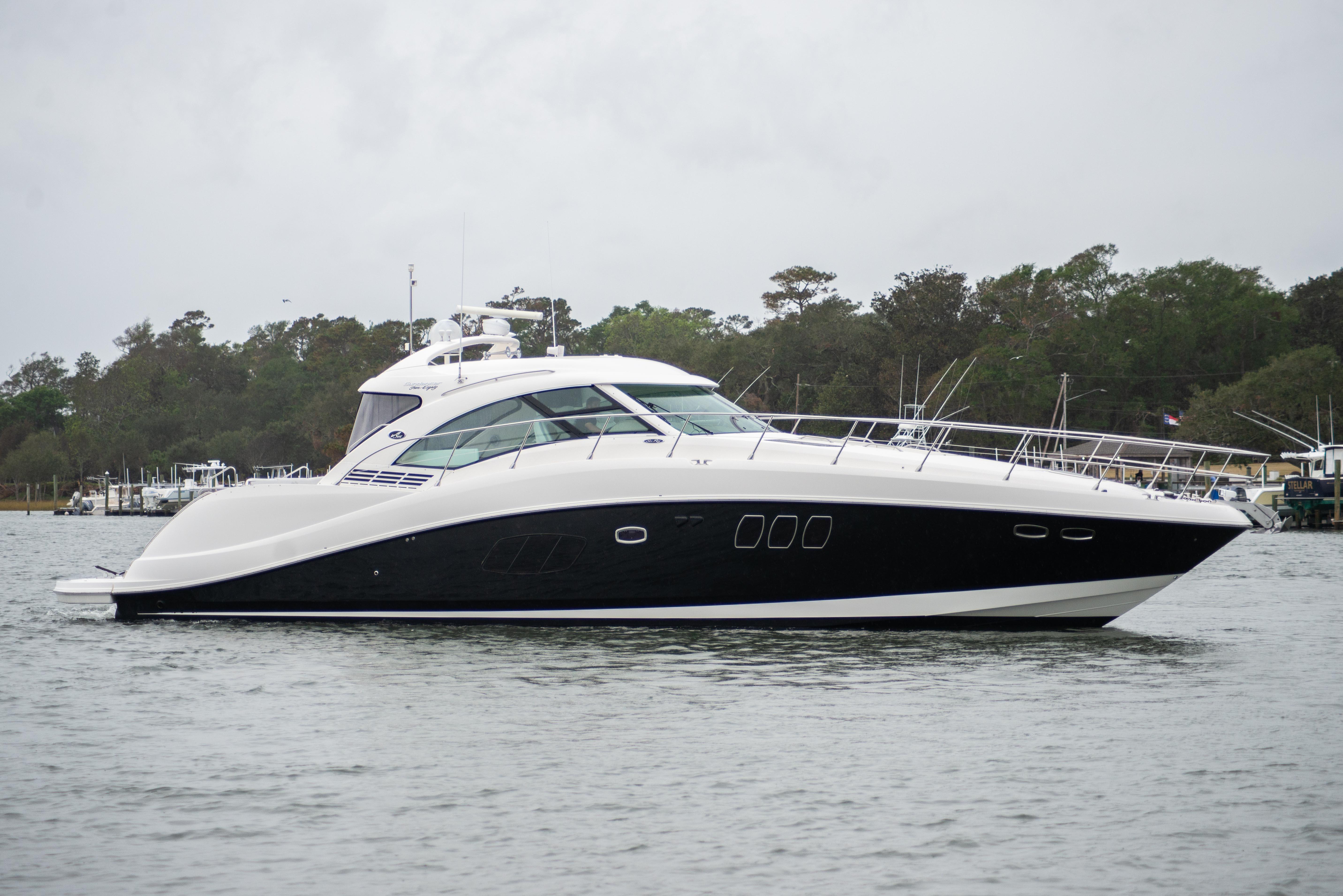 58 ft Sea Ray 580 Sundancer