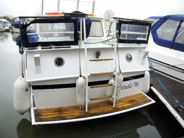 1983 Pedro 33