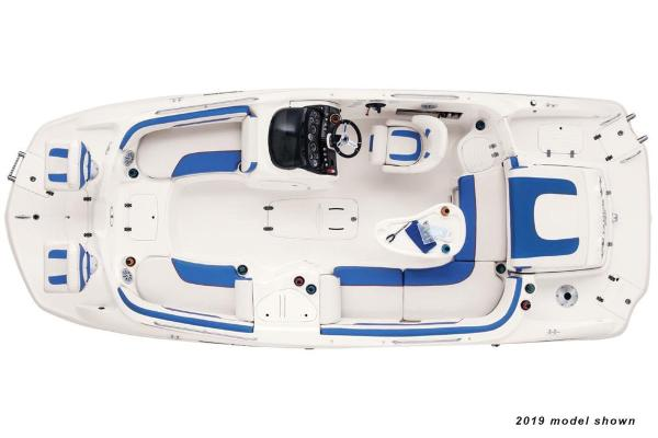 2020 Tahoe boat for sale, model of the boat is 215 Xi & Image # 2 of 3