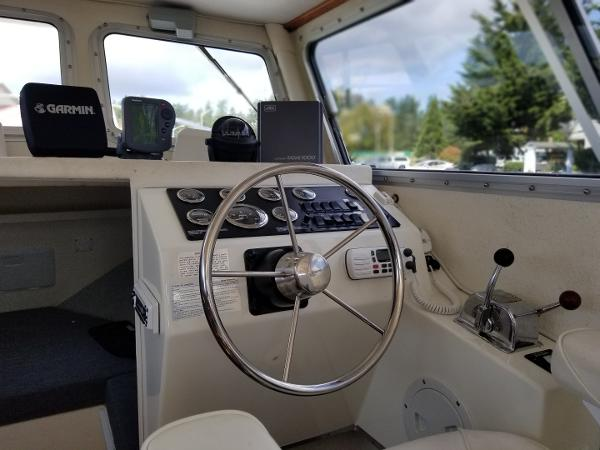 Picture Of:  24' Sea Sport Explorer 2400 2001Yacht For Sale | 4 of 16