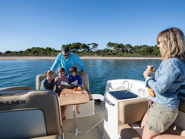 2020 Bayliner boat for sale, model of the boat is Ciera 8 Sport & Image # 7 of 16
