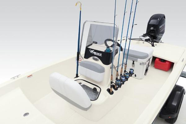 2020 Mako boat for sale, model of the boat is Pro Skiff 15 CC & Image # 37 of 43