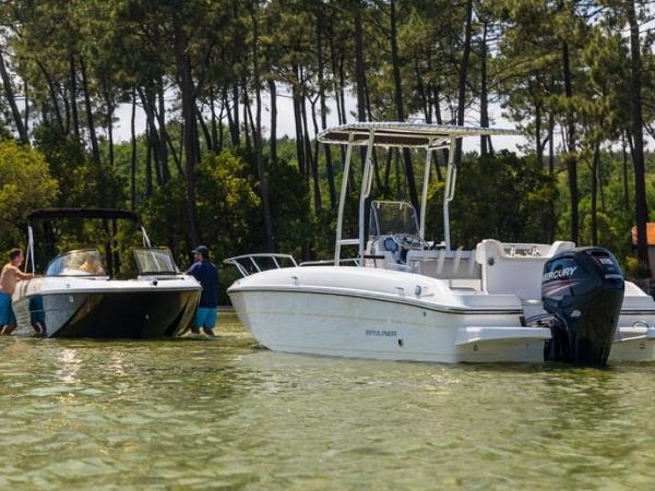 2020 Bayliner boat for sale, model of the boat is Element CC7 & Image # 5 of 23
