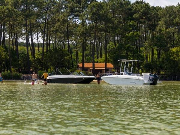 2020 Bayliner boat for sale, model of the boat is Element CC7 & Image # 11 of 23