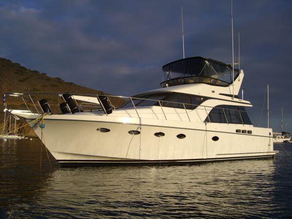 Ocean Alexander 420 Sport Sedan Motor Yachts. Listing Number: M-3684070