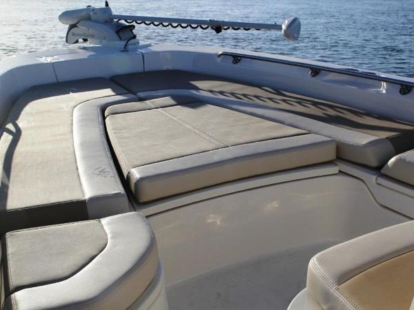 2020 Boston Whaler boat for sale, model of the boat is 240 Dauntless Pro & Image # 31 of 62