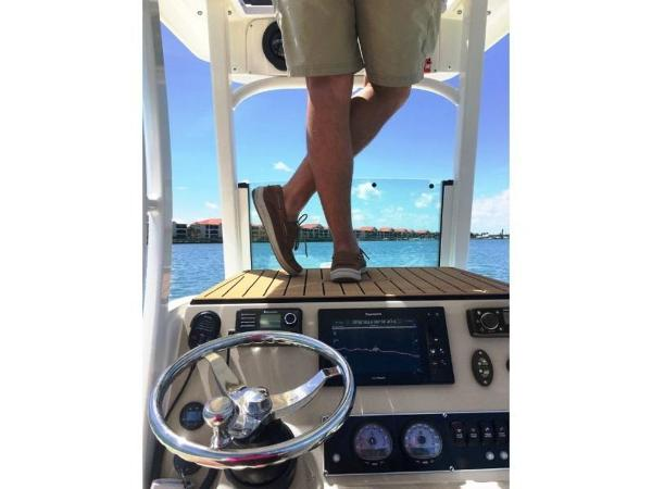 2020 Boston Whaler boat for sale, model of the boat is 240 Dauntless Pro & Image # 34 of 62