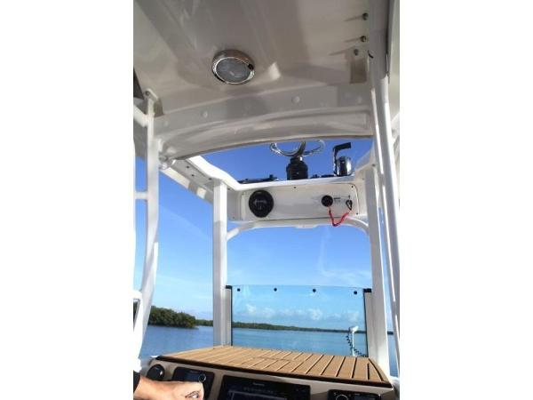 2020 Boston Whaler boat for sale, model of the boat is 240 Dauntless Pro & Image # 60 of 62