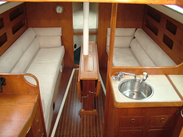 Moody 31 MK II | 31 foot 1986 Boat in Walton on the Naze ESS | 2707588265 ...