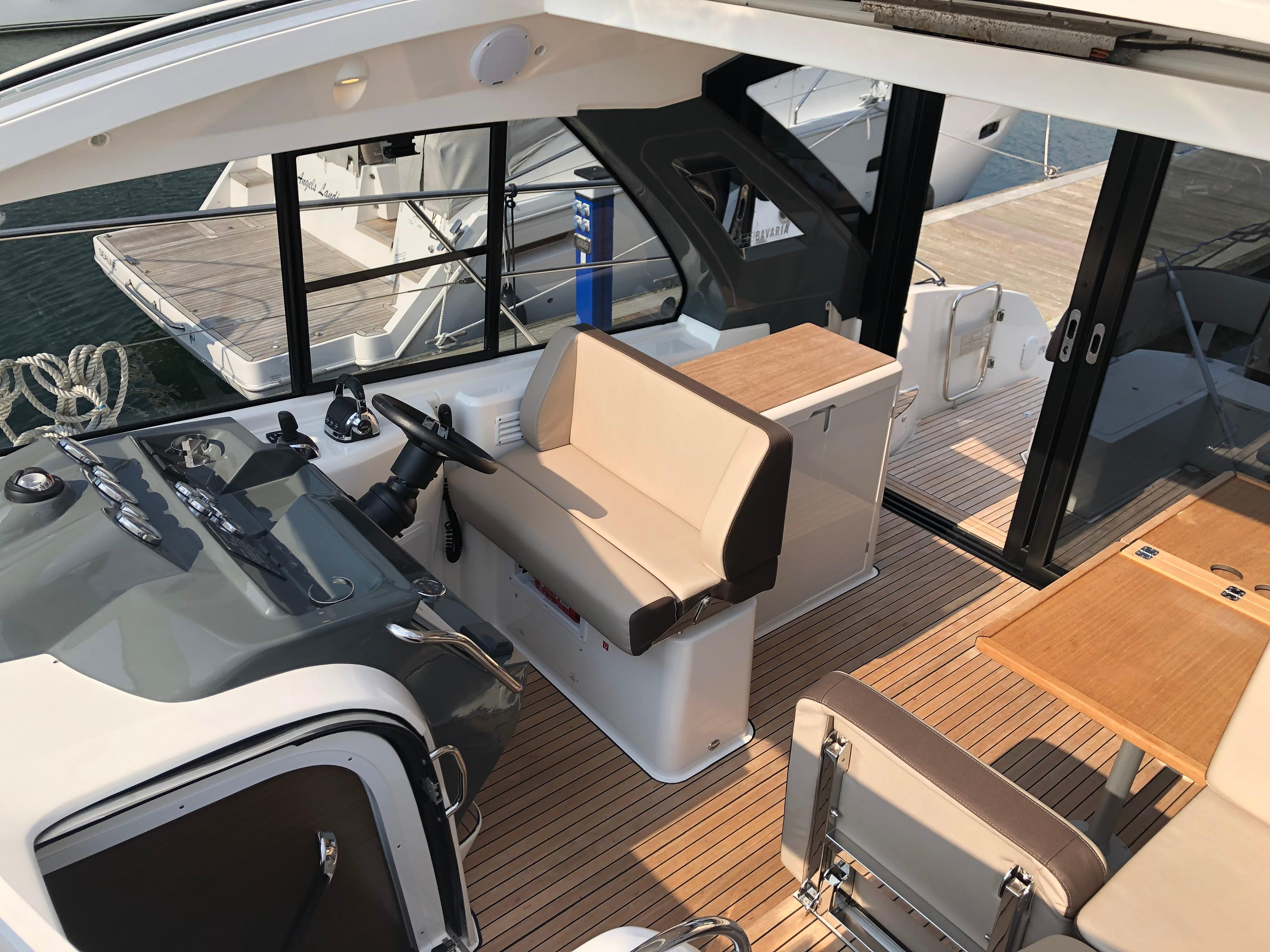 Bavaria Sport 40 Coupe for sale - Bates Wharf