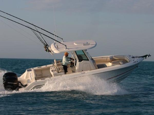2020 Boston Whaler boat for sale, model of the boat is 250 Outrage & Image # 6 of 91