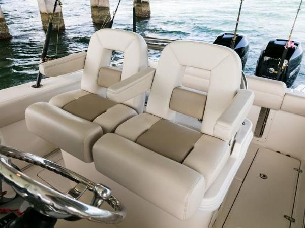 2020 Boston Whaler boat for sale, model of the boat is 250 Outrage & Image # 58 of 91