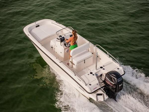 2020 Boston Whaler boat for sale, model of the boat is 170 Dauntless & Image # 20 of 38