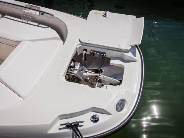 2020 Boston Whaler boat for sale, model of the boat is 270 Dauntless & Image # 12 of 40