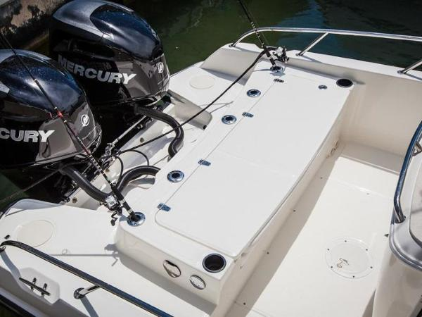 2020 Boston Whaler boat for sale, model of the boat is 270 Dauntless & Image # 14 of 40