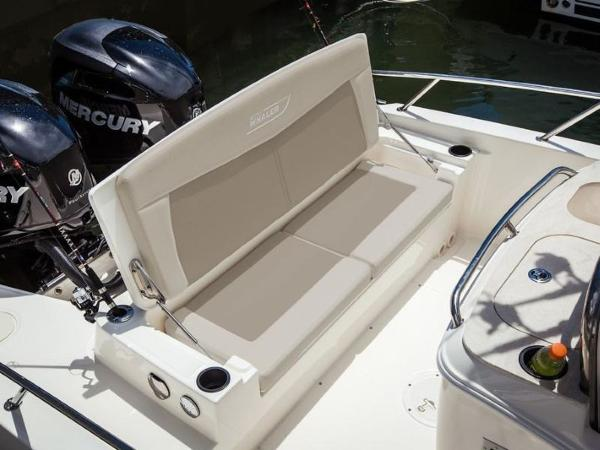 2020 Boston Whaler boat for sale, model of the boat is 270 Dauntless & Image # 15 of 40