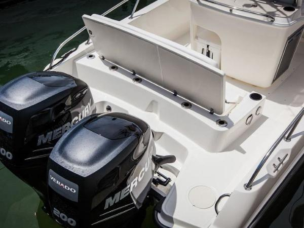 2020 Boston Whaler boat for sale, model of the boat is 270 Dauntless & Image # 16 of 40