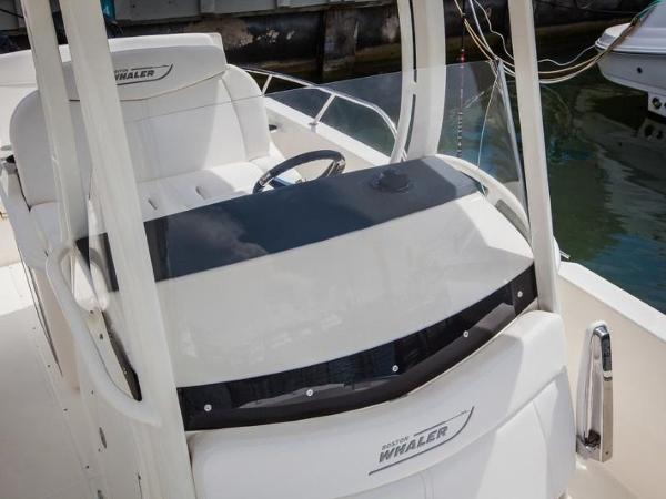 2020 Boston Whaler boat for sale, model of the boat is 270 Dauntless & Image # 22 of 40