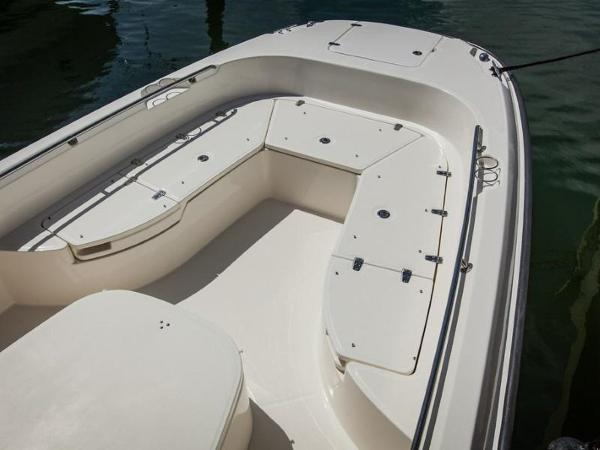 2020 Boston Whaler boat for sale, model of the boat is 270 Dauntless & Image # 24 of 40