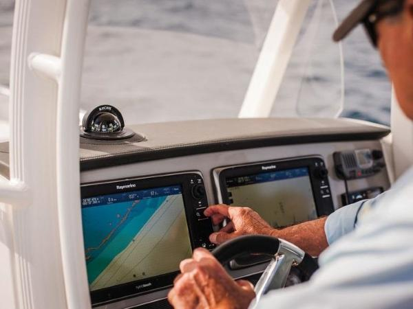 2020 Boston Whaler boat for sale, model of the boat is 270 Dauntless & Image # 33 of 40