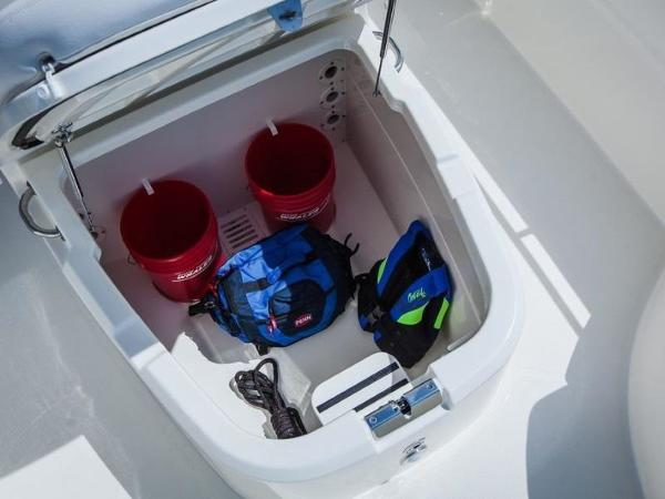 2020 Boston Whaler boat for sale, model of the boat is 270 Dauntless & Image # 36 of 40