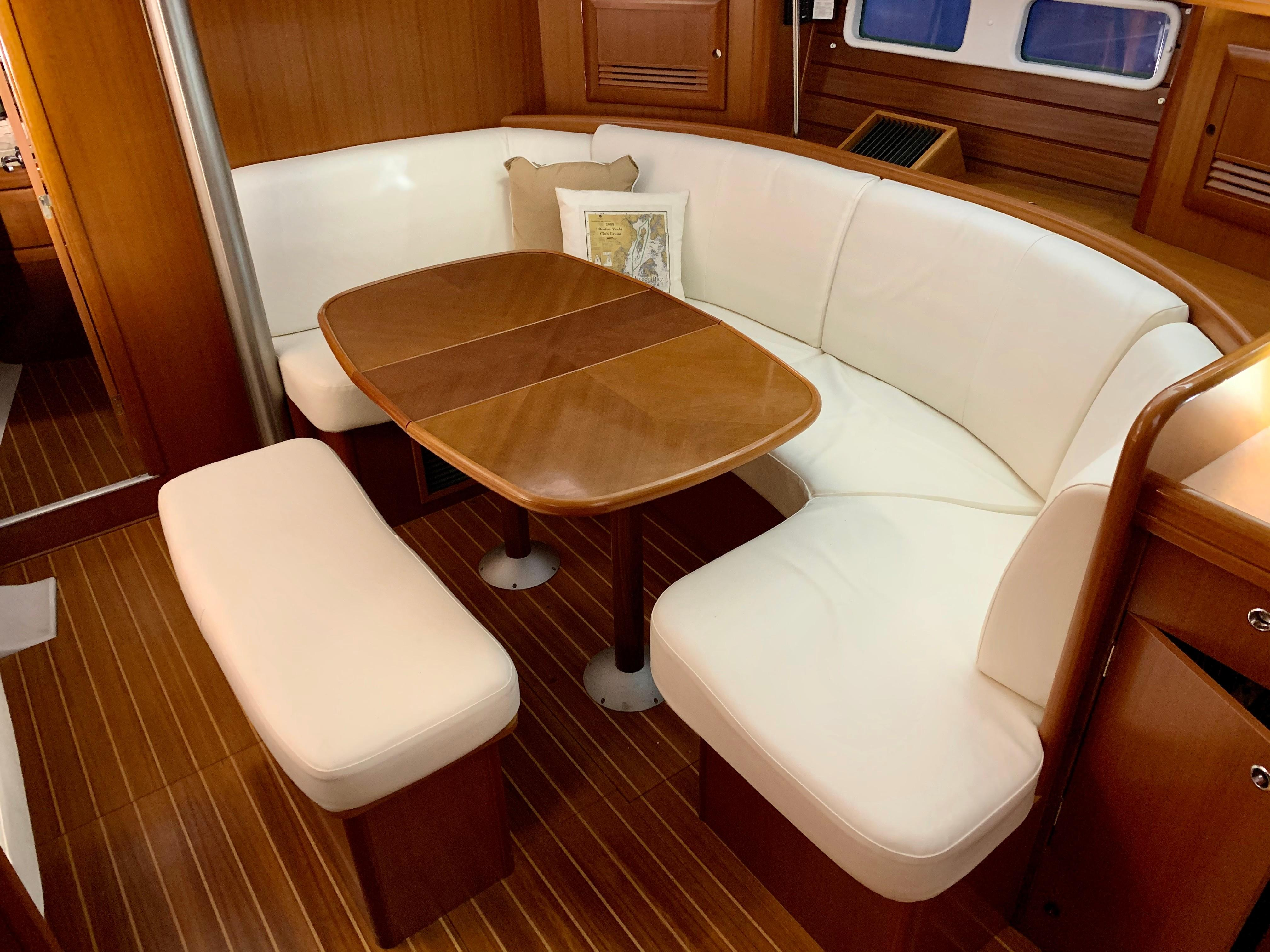 42 ft Beneteau 423 Dinette with table leaf in