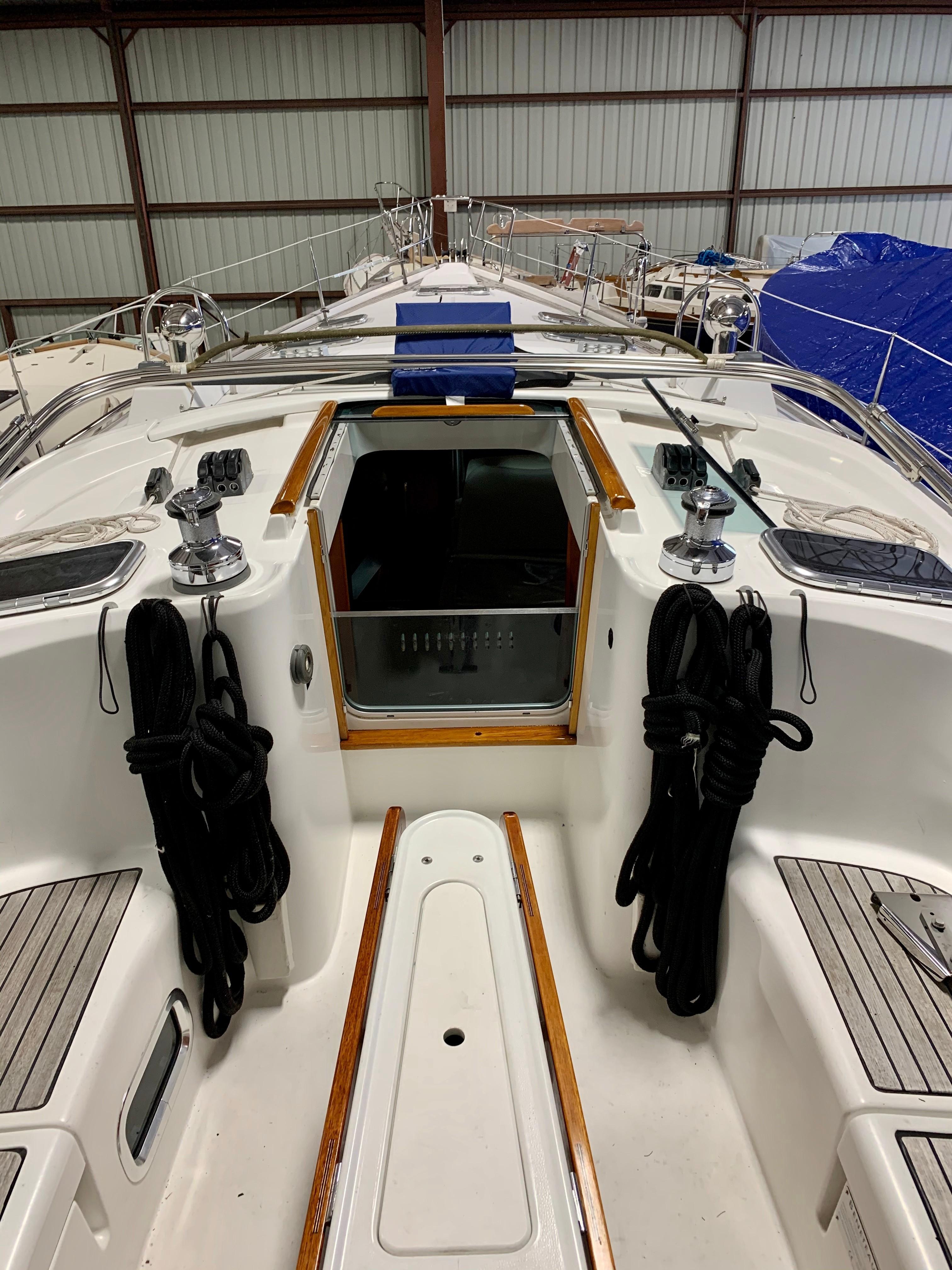 42 ft Beneteau 423 Deck