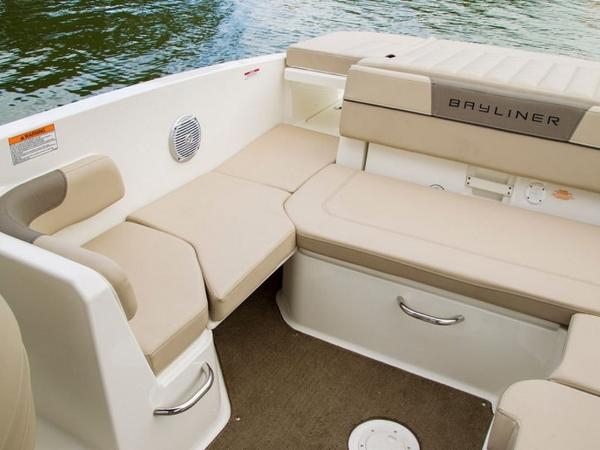 2020 Bayliner boat for sale, model of the boat is VR6 Bowrider & Image # 17 of 53