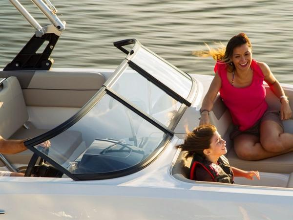 2020 Bayliner boat for sale, model of the boat is VR6 Bowrider & Image # 19 of 53