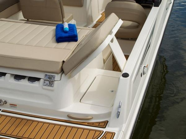 2020 Bayliner boat for sale, model of the boat is VR6 Bowrider & Image # 21 of 53