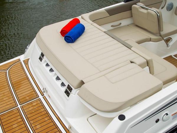 2020 Bayliner boat for sale, model of the boat is VR6 Bowrider & Image # 24 of 53
