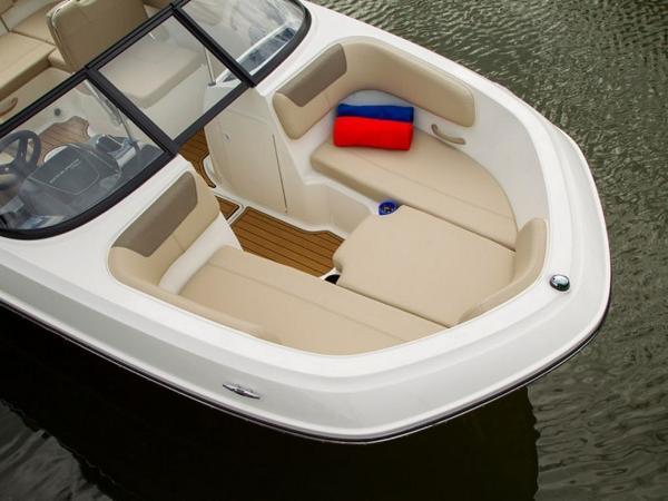 2020 Bayliner boat for sale, model of the boat is VR6 Bowrider & Image # 25 of 53
