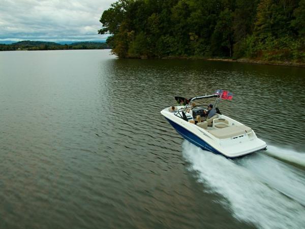 2020 Bayliner boat for sale, model of the boat is VR6 Bowrider & Image # 35 of 53