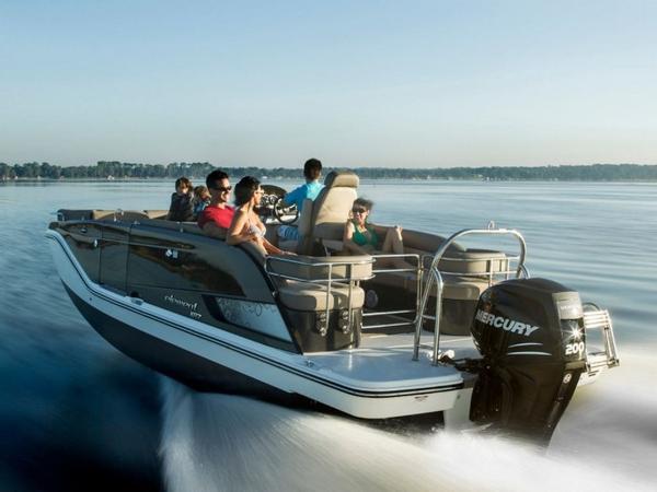 2020 Bayliner boat for sale, model of the boat is Element XR7 & Image # 7 of 43