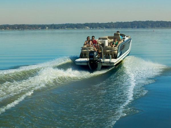 2020 Bayliner boat for sale, model of the boat is Element XR7 & Image # 13 of 43