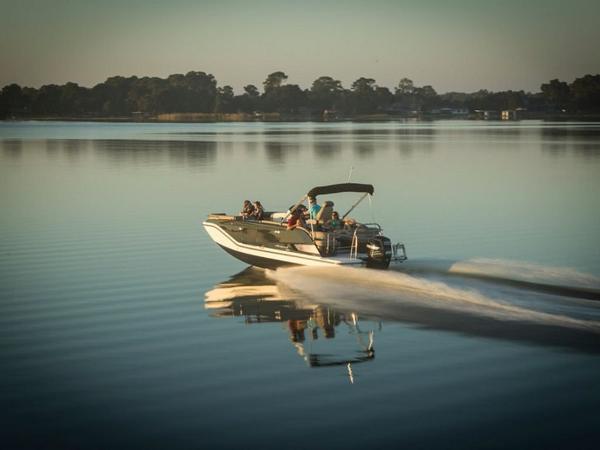 2020 Bayliner boat for sale, model of the boat is Element XR7 & Image # 15 of 43