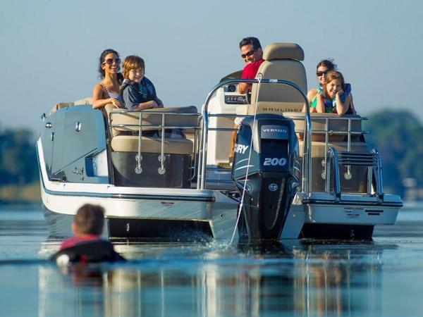 2020 Bayliner boat for sale, model of the boat is Element XR7 & Image # 25 of 43