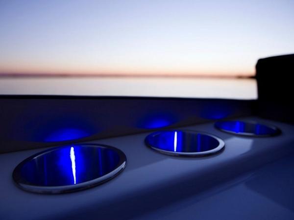2020 Bayliner boat for sale, model of the boat is Element XR7 & Image # 28 of 43