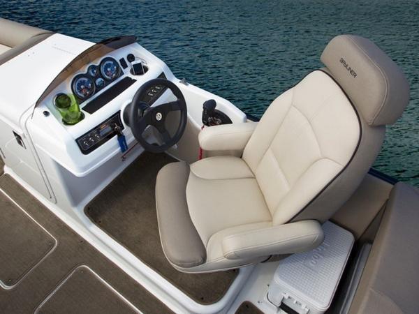 2020 Bayliner boat for sale, model of the boat is Element XR7 & Image # 32 of 43