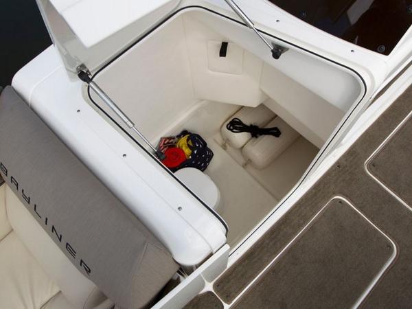 2020 Bayliner boat for sale, model of the boat is Element XR7 & Image # 38 of 43