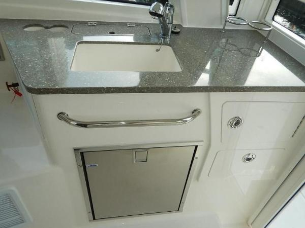 2020 Boston Whaler boat for sale, model of the boat is 345 Conquest Pilothouse & Image # 10 of 31
