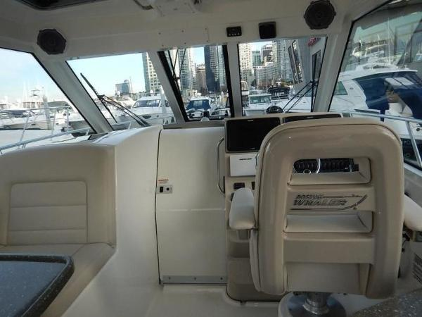 2020 Boston Whaler boat for sale, model of the boat is 345 Conquest Pilothouse & Image # 20 of 31
