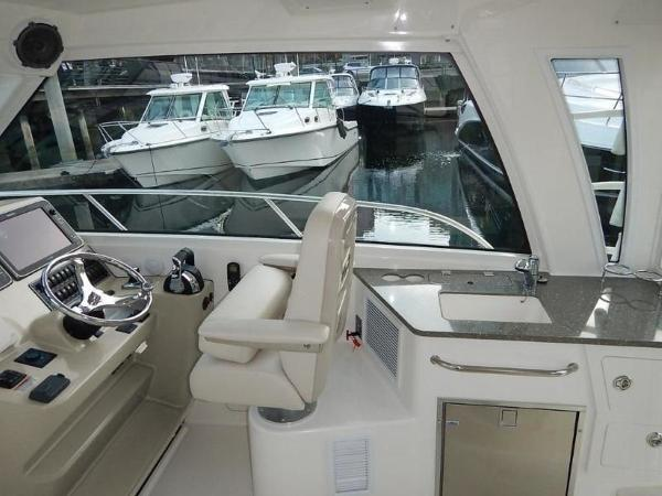 2020 Boston Whaler boat for sale, model of the boat is 345 Conquest Pilothouse & Image # 21 of 31